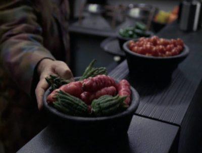 Screenshot of oca (Oxalis tuberosa) tubers on Star Trek Voyager